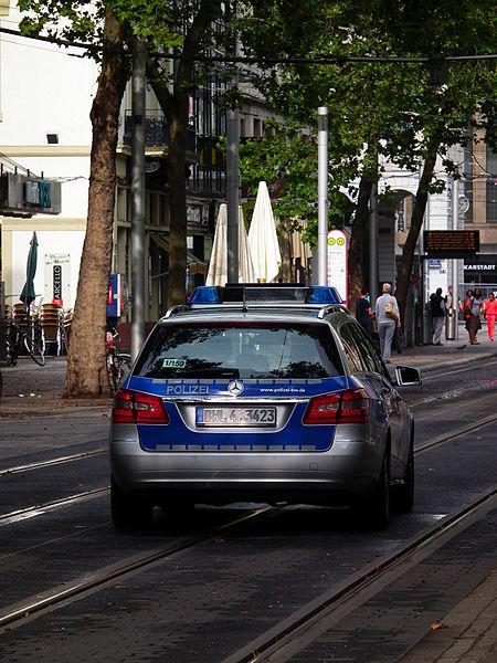 Smart Fahrer Flüchtete Vor Streifenwagen Online Zeitung Die